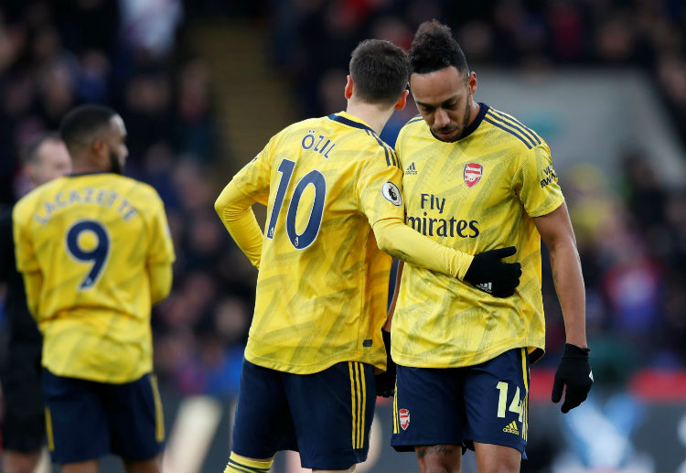 Premier League: Pierre-Emerick Aubameyang received a straight red card