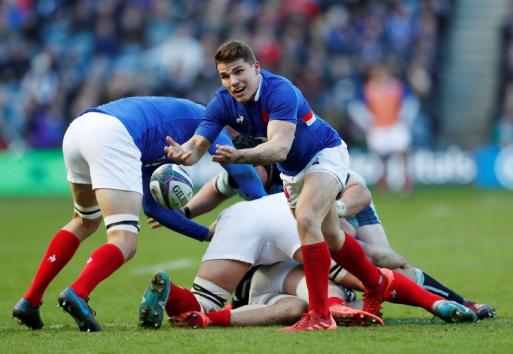 Rugby Union fans are looking forward to see Antoine Dupont play with France again