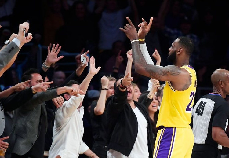 LeBron James negates the NBA suggestion of playing behind closed doors to continue the 2019/20 season