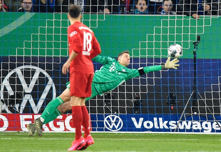Manuel Neuer look to extend his Bayern Munich legacy with a few more silverware to his name.