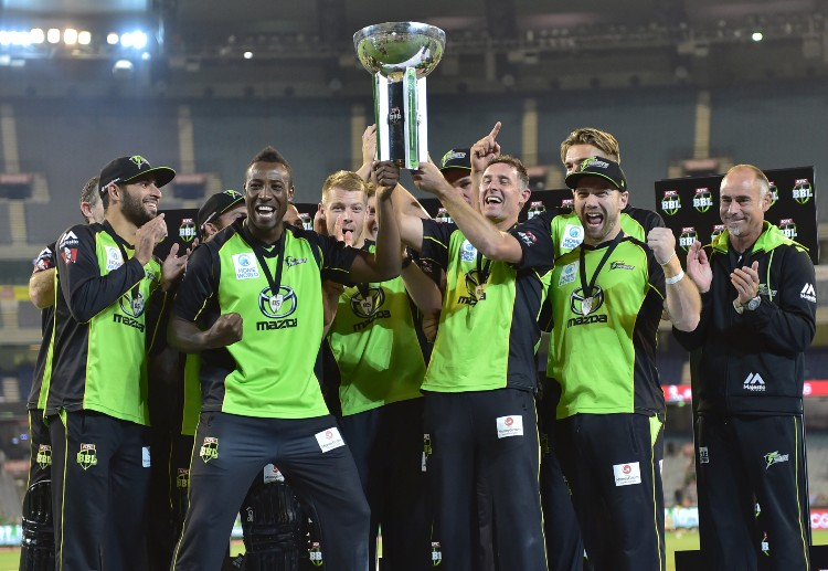 Big Bash League will allow its teams to make two substitutions this season.