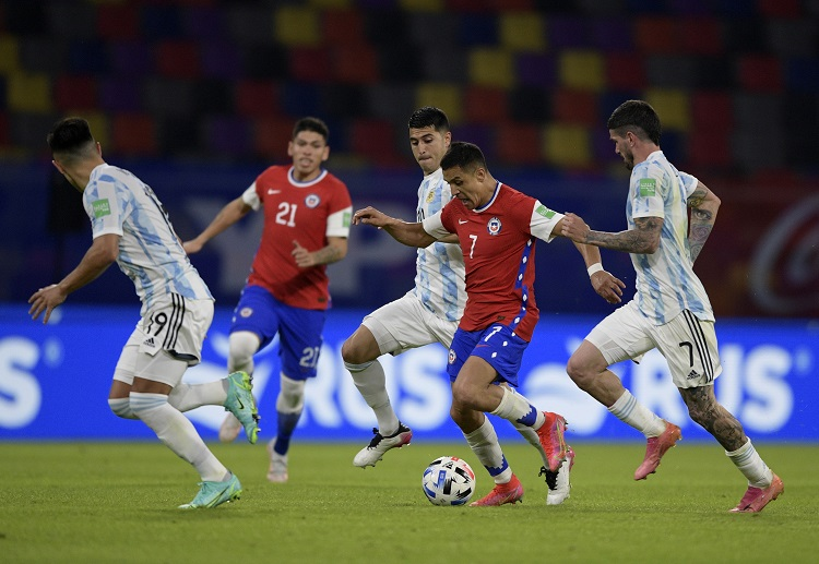 Alexis Sanchez' equaliser cancels out Lionel Messi's penalty during their World Cup qualifying